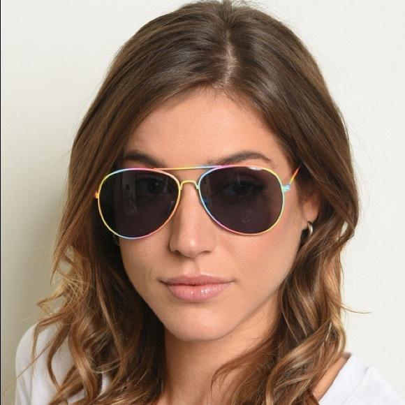 Dazey Shades Accessories - NEW! Rainbow Frames Aviator Style Sunglasses